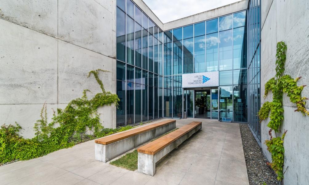 Lubelski Park Naukowo-Technologiczny przy ul. Bohdana Dobrzańskiego 1 (budynek Inkubatora Technologicznego) w Lublinie