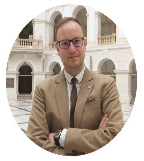 Dr inż. Krzysztof Bakuła przewodniczący komitetu sterującego projektu Safedam, wydział geodezji i kartografii Politechniki Warszawskiej
